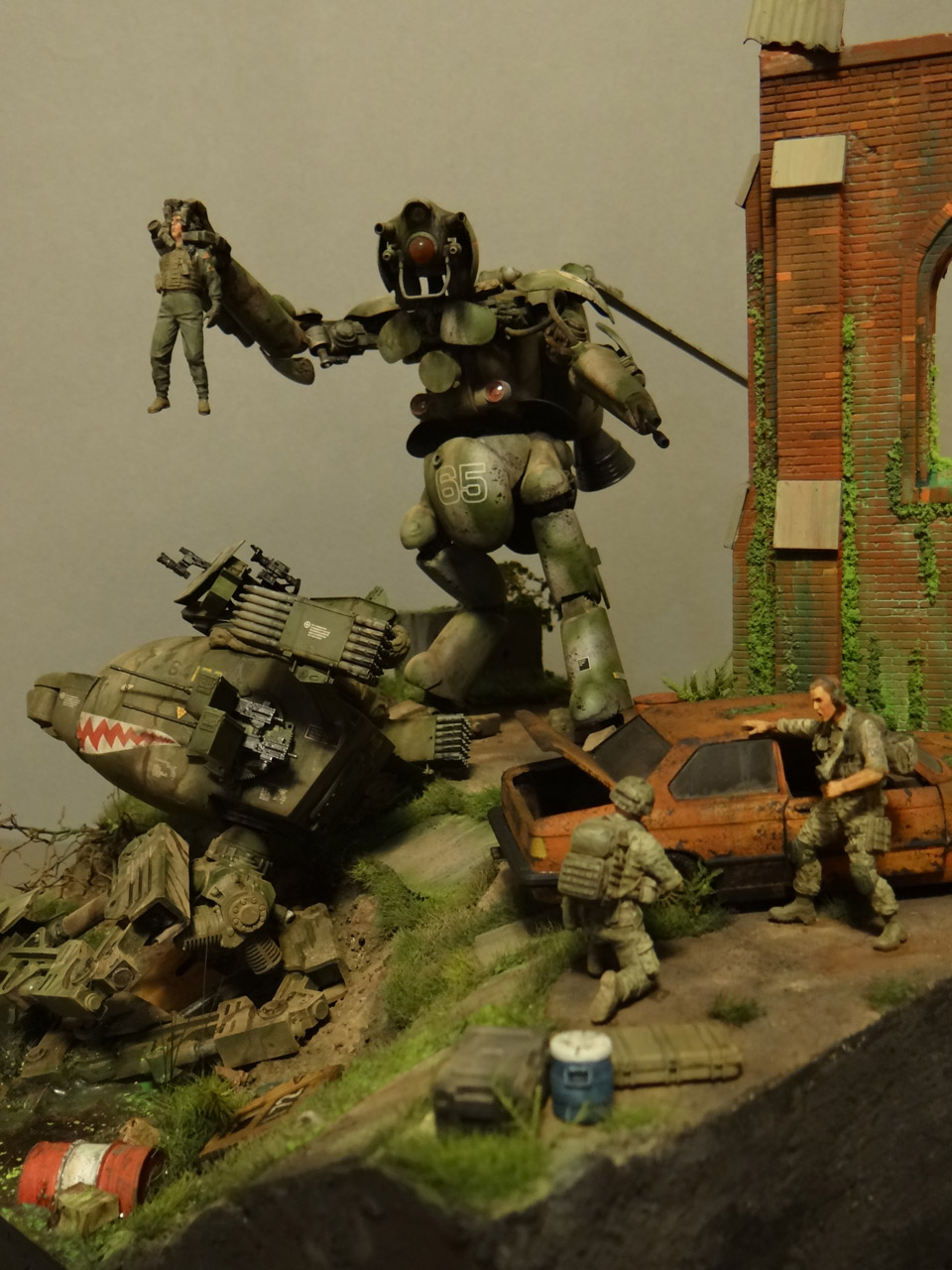 Dioramas and Vignettes: Help!.., photo #6