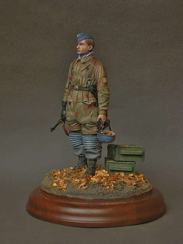 Figures: Fallschirmjagers feldwebel, 1943-45, photo #2