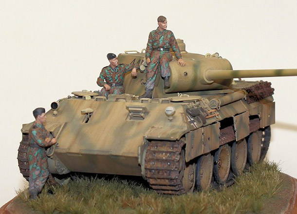 Dioramas and Vignettes: Panther with crew