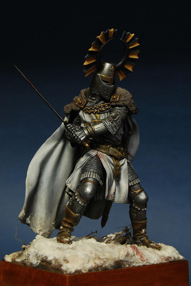 Figures: Teutonic knight, XIV cent., photo #7