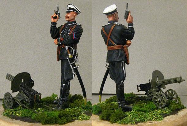 Figures: Officer of Markov's regiment