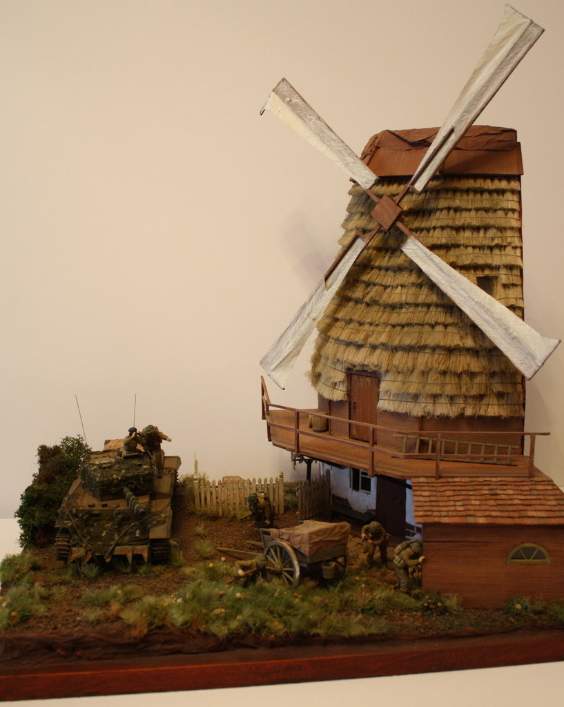 Dioramas and Vignettes: Tiger behind the corner!, photo #1