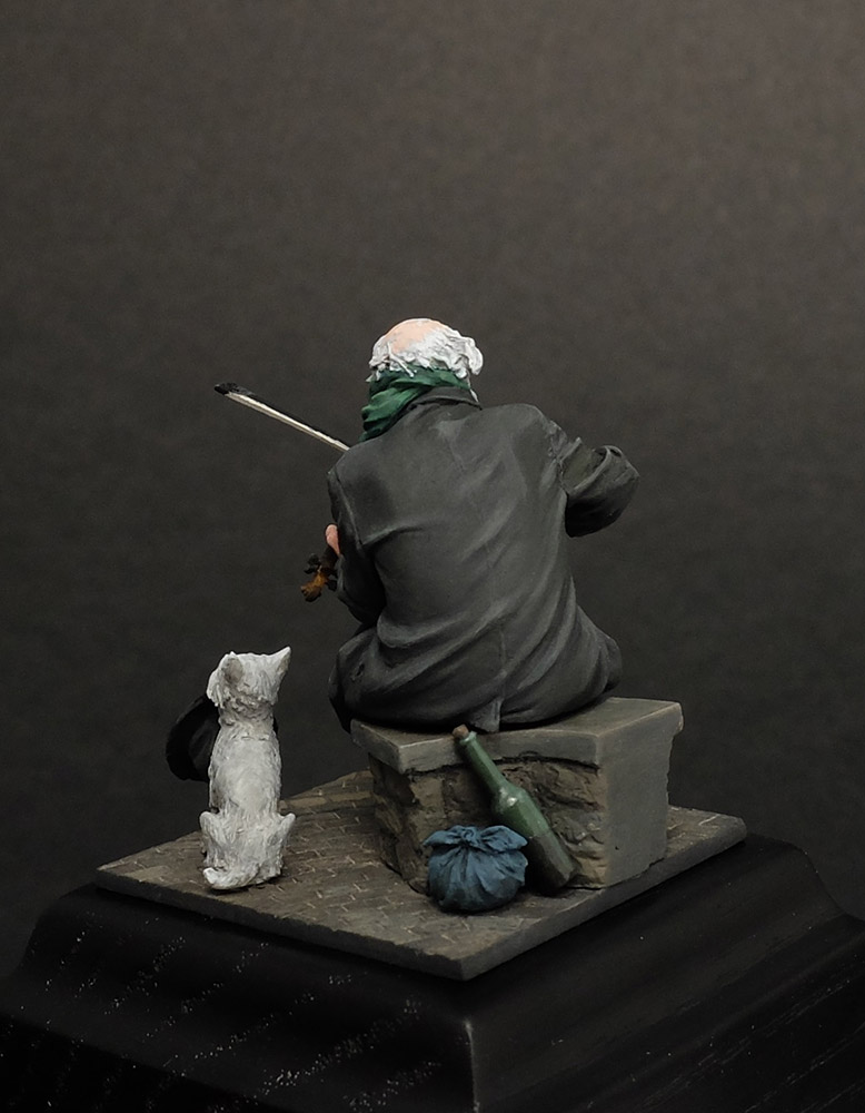 Dioramas and Vignettes: The sky is grey, photo #4