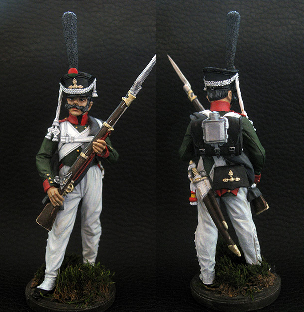 Figures: Private, Georgian grenadiers regt., 1812