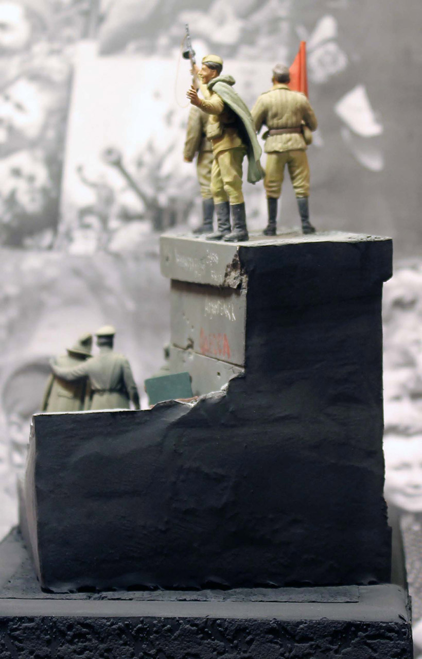 Dioramas and Vignettes: The day the war ended, photo #6