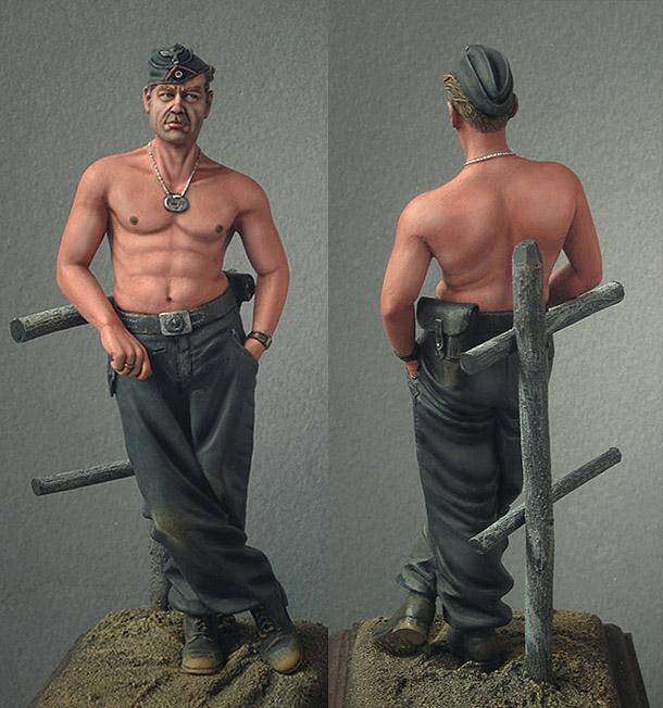Figures: Wehrmacht tank crewman