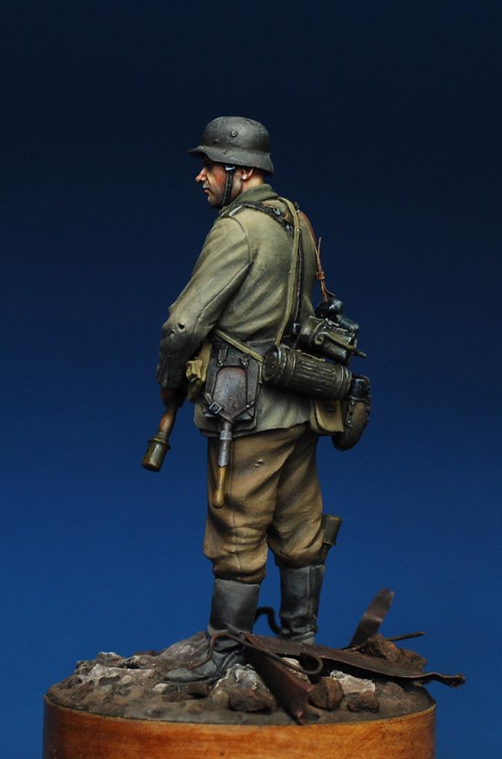 Figures: German infantryman. Stalingrad, 1942, photo #3