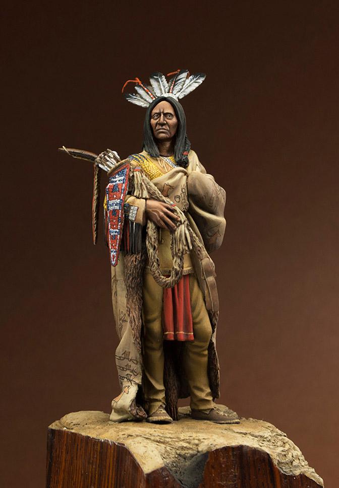 Figures: Hidatsa warrior, photo #1