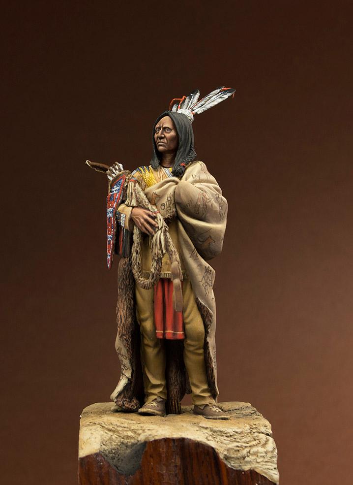 Figures: Hidatsa warrior, photo #2
