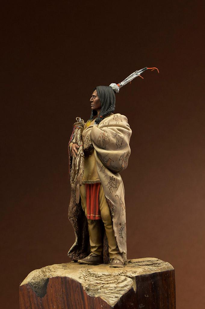Figures: Hidatsa warrior, photo #3