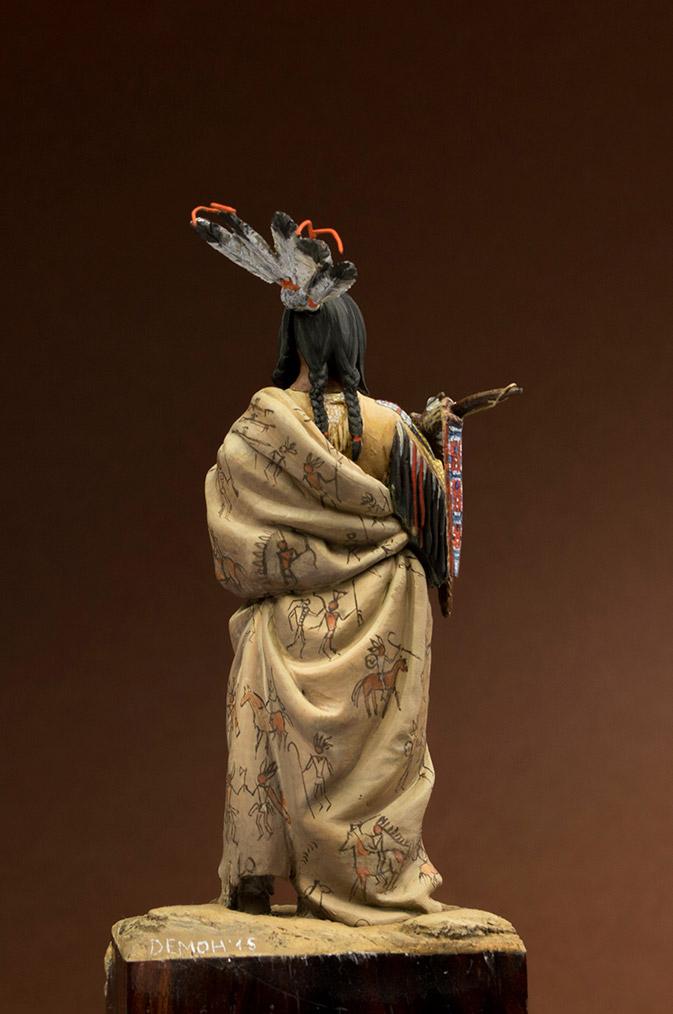 Figures: Hidatsa warrior, photo #5