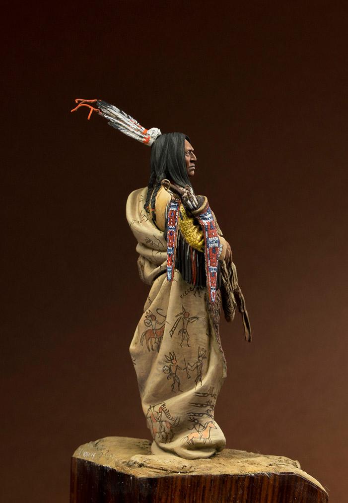 Figures: Hidatsa warrior, photo #6