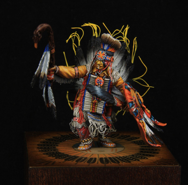 Figures: Pow-Wow dancer