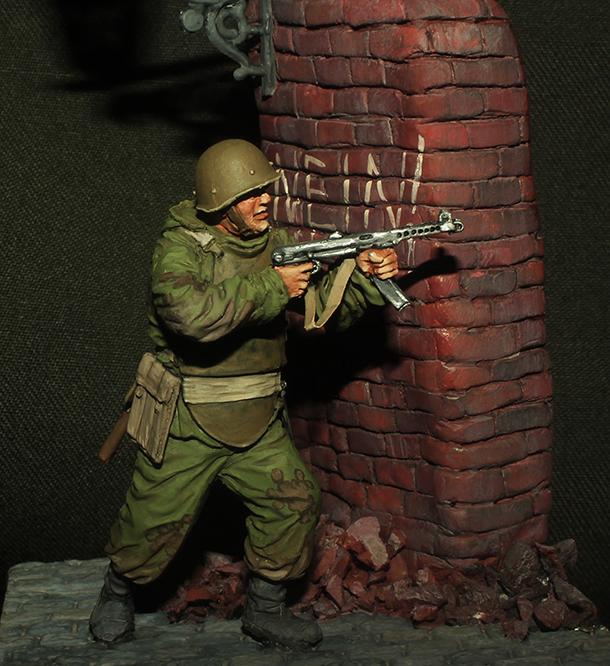Figures: Soviet assault trooper