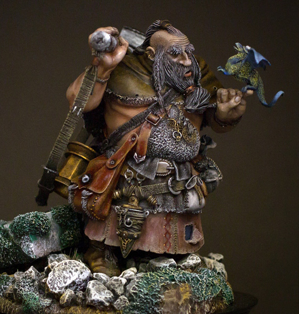 Miscellaneous: The tomb plunderers: the fifth dwarf