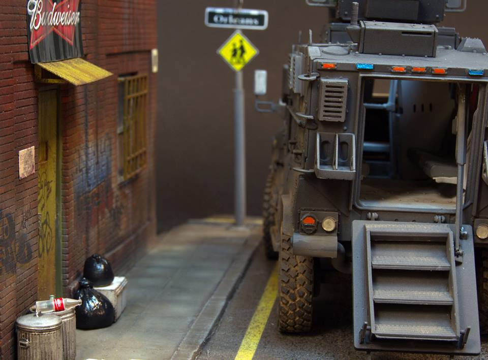 Dioramas and Vignettes: S.W.A.T., photo #13