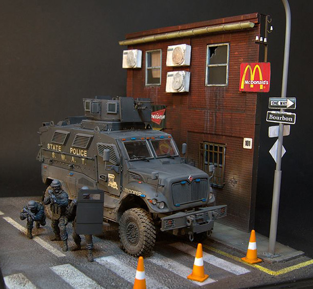 Dioramas and Vignettes: S.W.A.T.