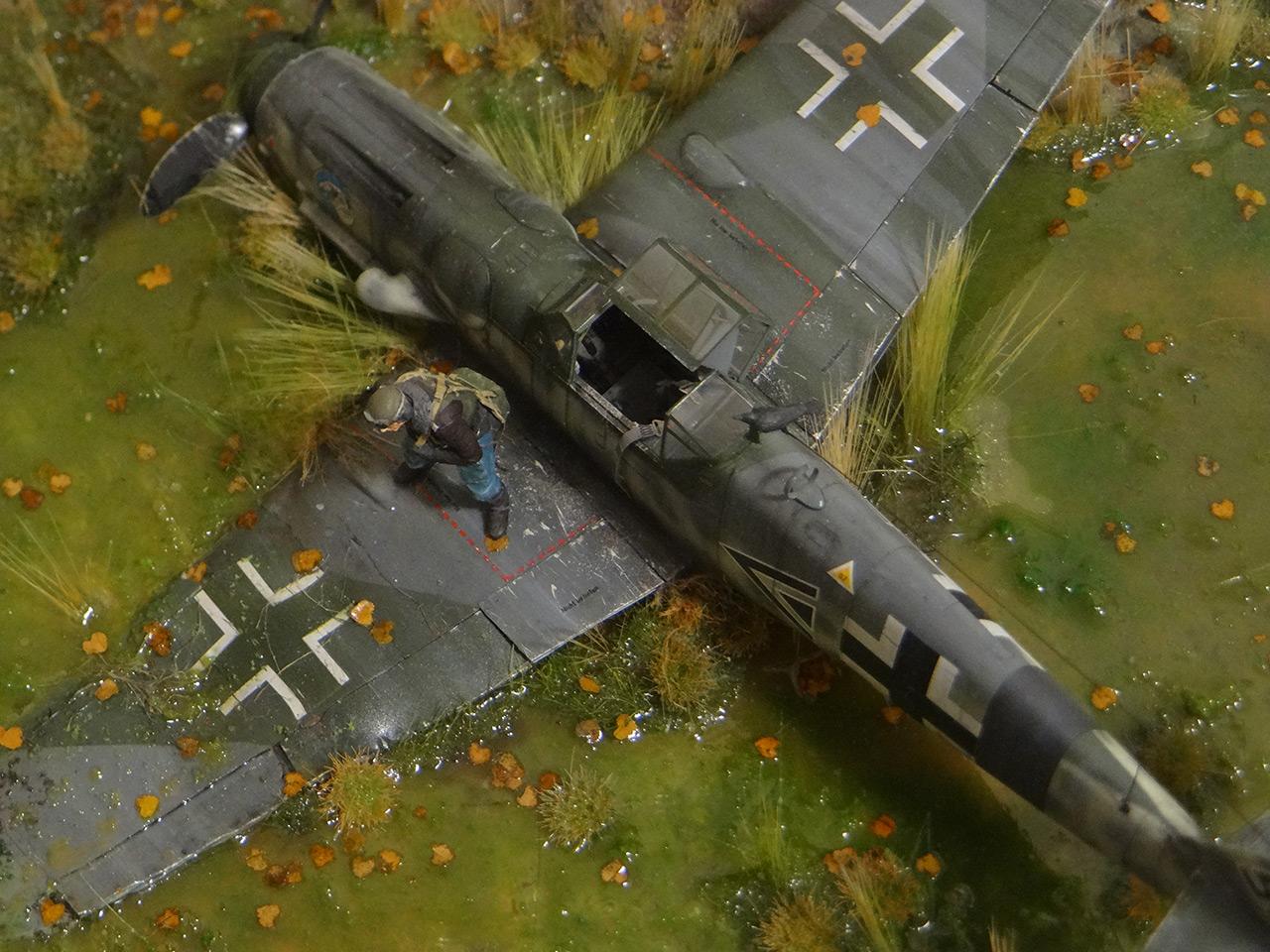 Dioramas and Vignettes: Shot down pilot, photo #14