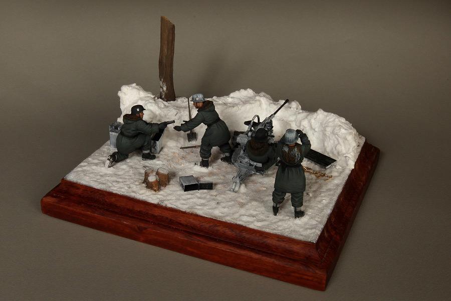 Dioramas and Vignettes: Waffen-SS FlaK-38 crew, photo #10