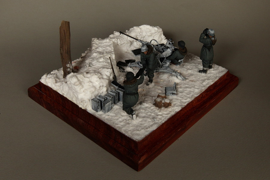 Dioramas and Vignettes: Waffen-SS FlaK-38 crew, photo #14