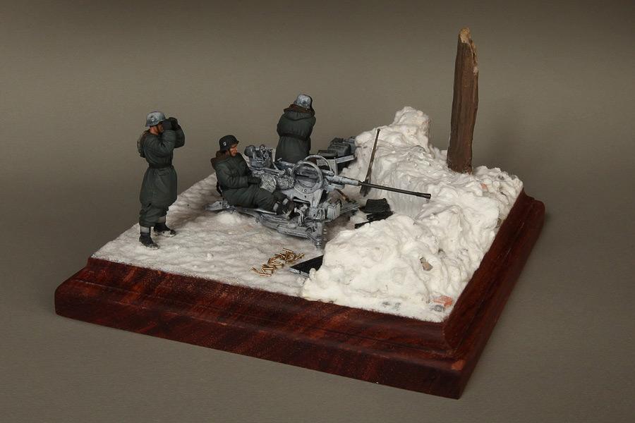 Dioramas and Vignettes: Waffen-SS FlaK-38 crew, photo #4