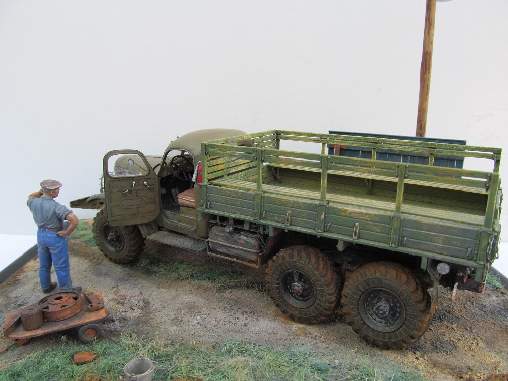 Dioramas and Vignettes: Two Zachars, photo #4