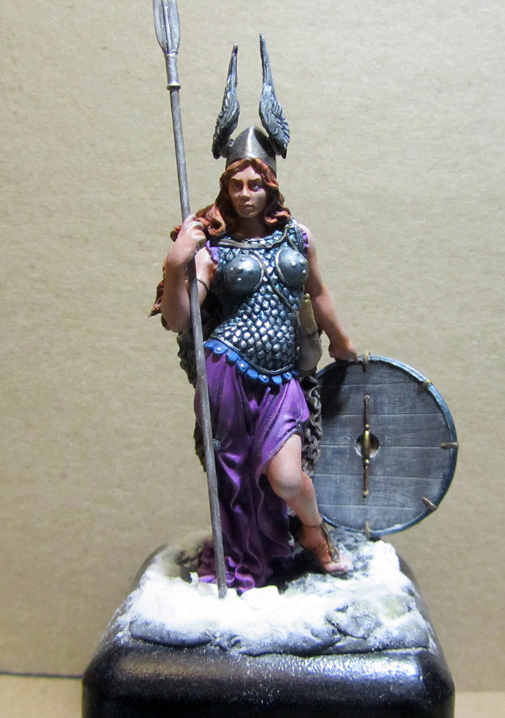 Figures: Brunhilda, photo #1