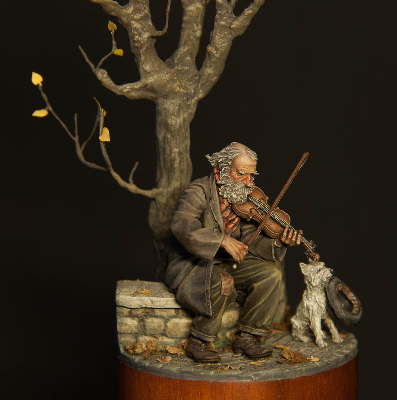 Dioramas and Vignettes: The old fiddler, photo #2