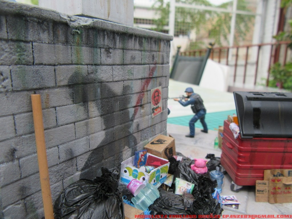 Dioramas and Vignettes: The dirtiest corner of NY, photo #13