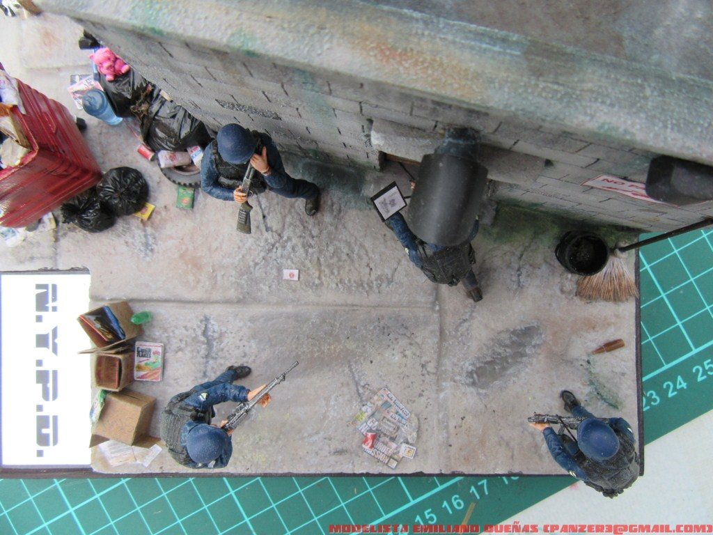 Dioramas and Vignettes: The dirtiest corner of NY, photo #24