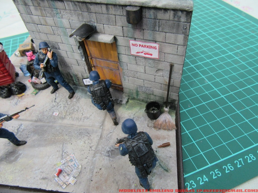 Dioramas and Vignettes: The dirtiest corner of NY, photo #28