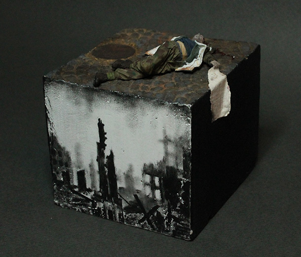 Dioramas and Vignettes: Fallen one
