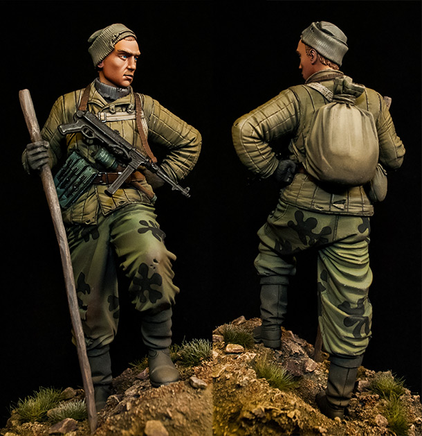 Figures: Soviet scout, WWII