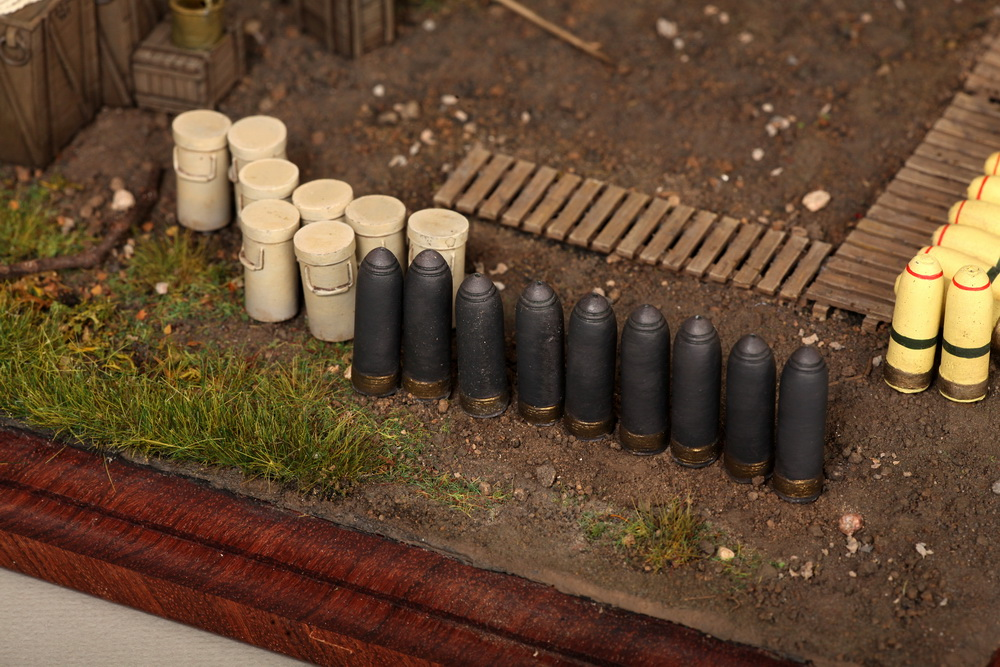 Dioramas and Vignettes: British 9.2 inch mortar at firing position, photo #29