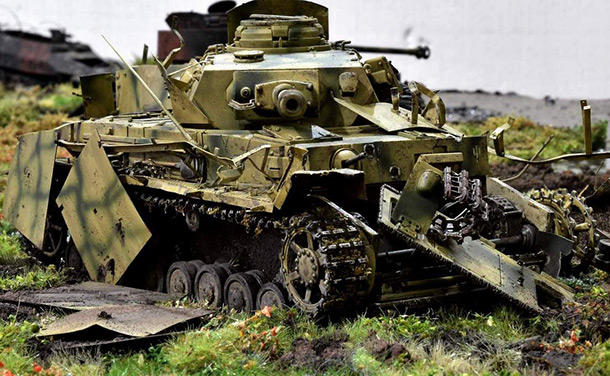 Dioramas and Vignettes: Pz.Kpfw. IV Ausf. G. Kind regards from Zveroboy
