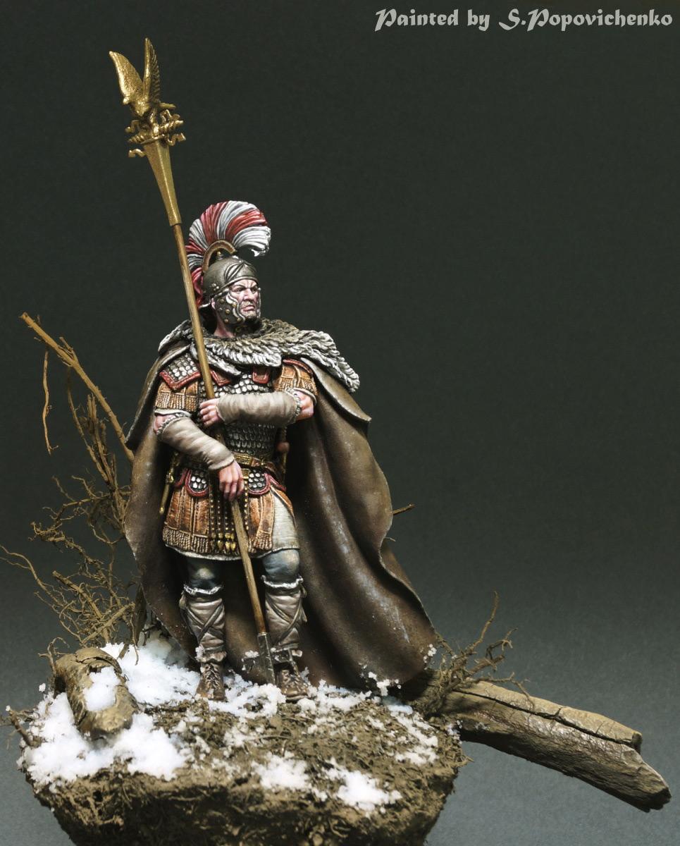 Figures: Lucius Sertorius Firmus, Aquilifer Legio XI, photo #1