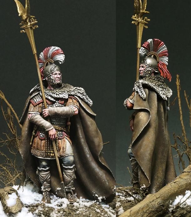Figures: Lucius Sertorius Firmus, Aquilifer Legio XI