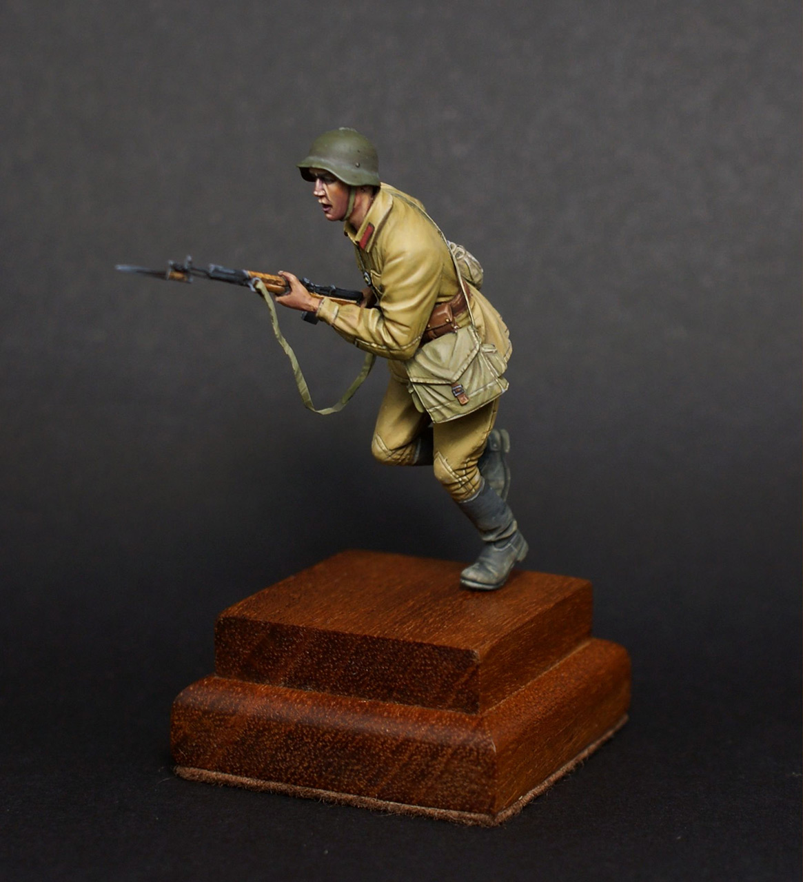 Figures: Red army trooper, 1941, photo #2