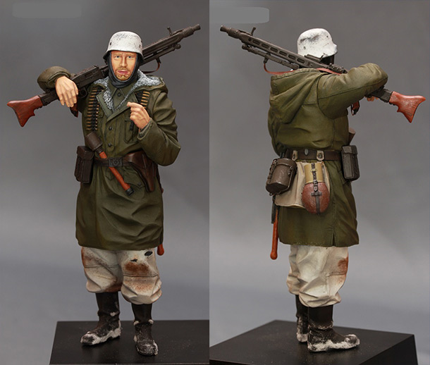 Figures: MG-42 machine gunner