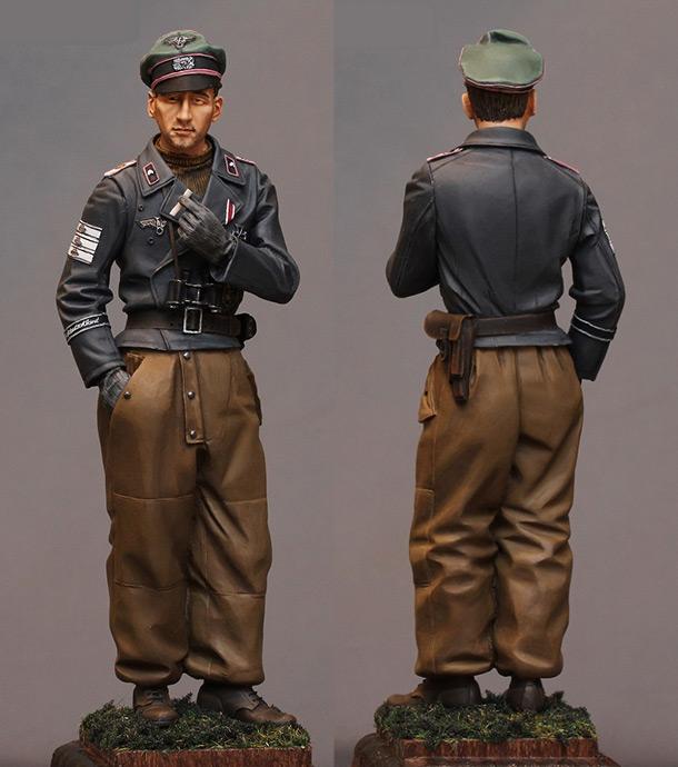 Figures: Grossdeutschland div. officer