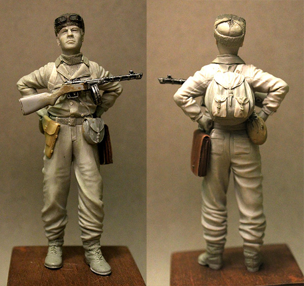 Sculpture: Red Army mountain trooper