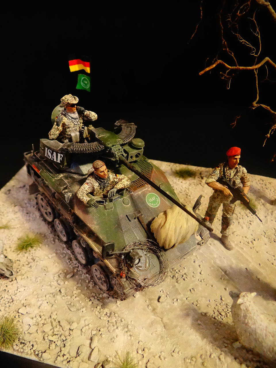 Dioramas and Vignettes: Wiesel, photo #2