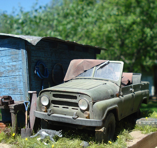 Dioramas and Vignettes: UAZ-469 at the backyard