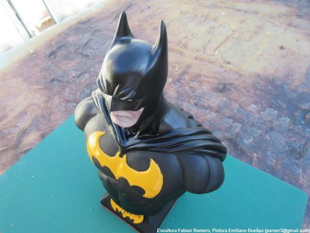 Sculpture: Batman, photo #4
