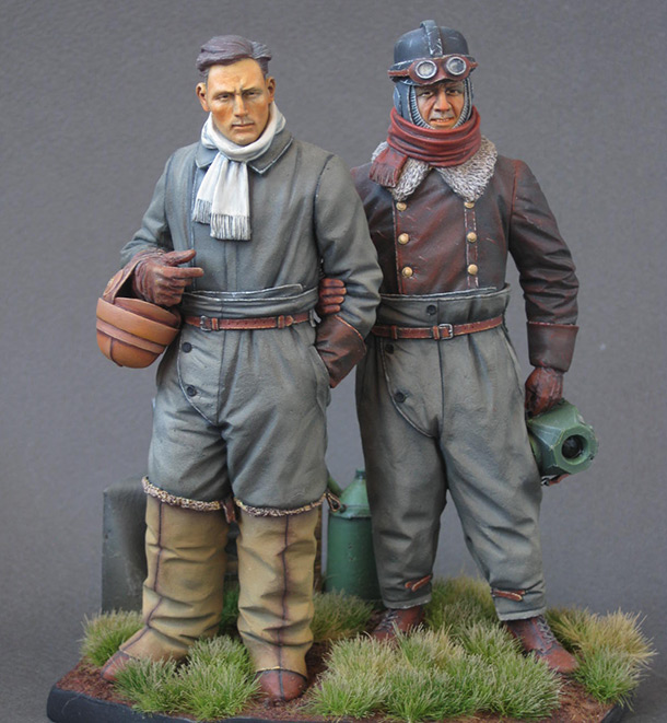 Figures: German aviators, WWI