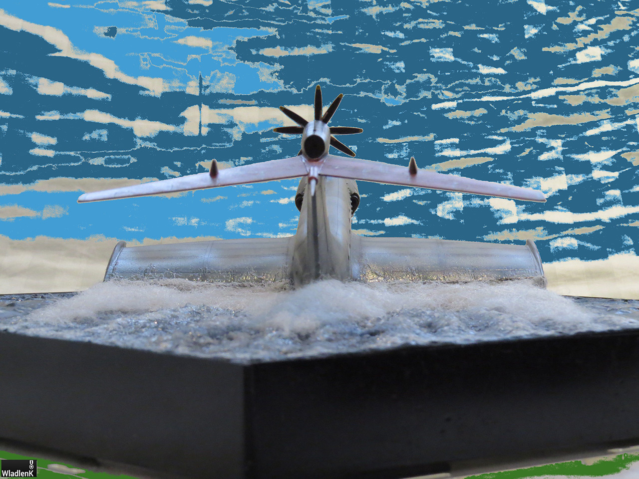 Dioramas and Vignettes: The Last Flight, photo #12