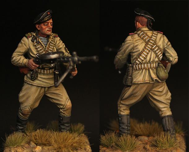 Figures: Machine gunner, Black sea fleet marines, 1943-44