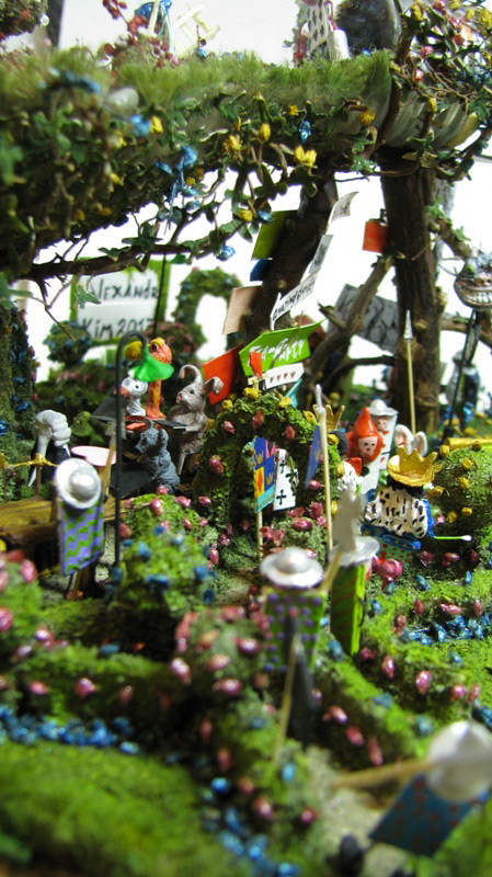 Miscellaneous: Alice's Wonder Garden, photo #31