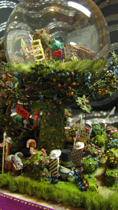 Miscellaneous: Alice's Wonder Garden, photo #35