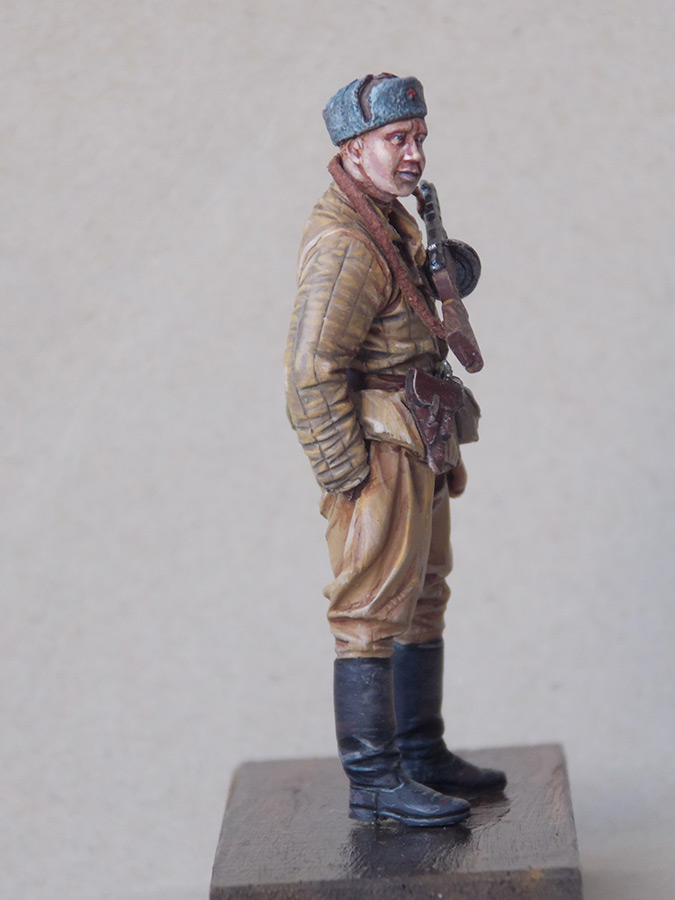 Figures: Red Army soldier at rest, photo #5